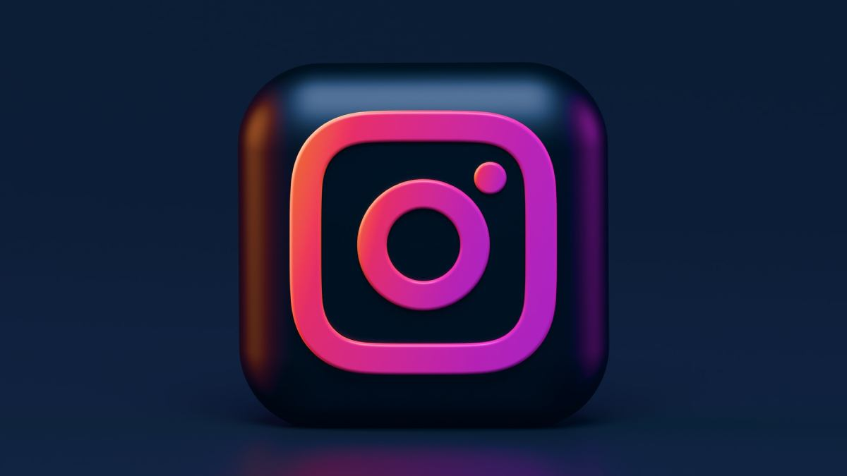 What are the Factors to Consider While Buying Instagram Followers?